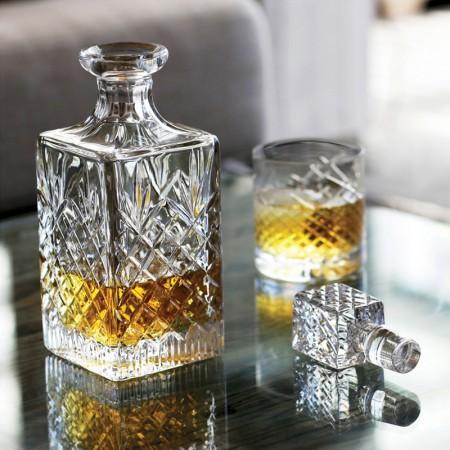 whiskykaraffe handgeschliffen und mundgeblasen. Black Bedroom Furniture Sets. Home Design Ideas
